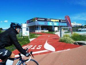 Bikesupport & Kutsu, junto al carril bici 1