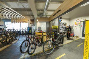 Bikesupport tienda de bicicletas y ciclismo en Madrid. Mecánica rápida