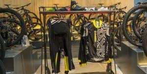 Bikesupport tienda de bicicletas y ciclismo en Madrid. Equipación